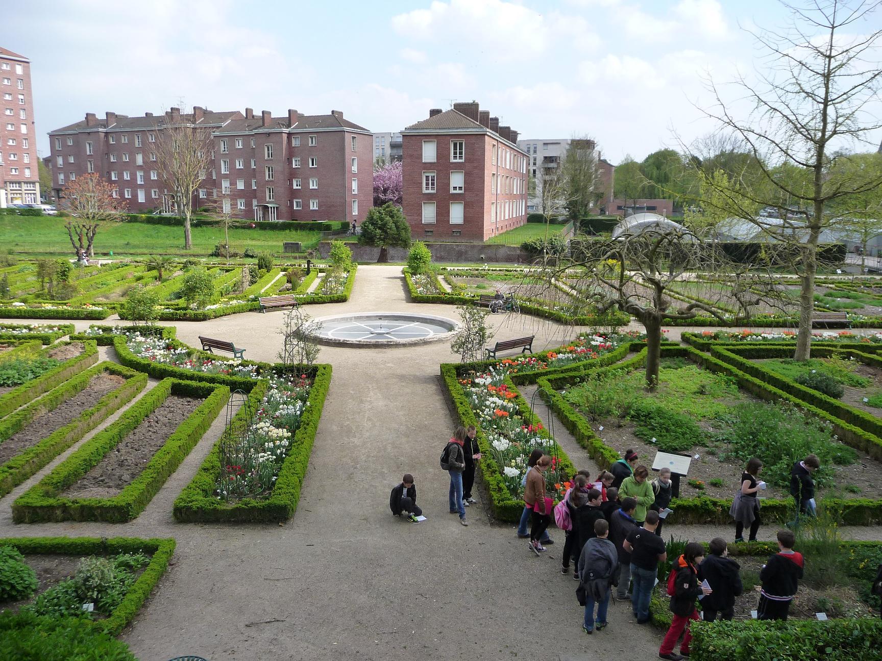 Le saint ex 39 press coll ge de bray sur somme page 4 - Jardin des plantes amiens ...
